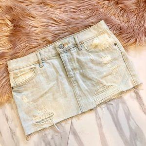 Amberombie & Fitch ripped denim mini skirt size 00